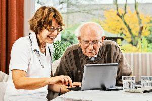 Un site internet dédié aux personnes âgées et aux aidants