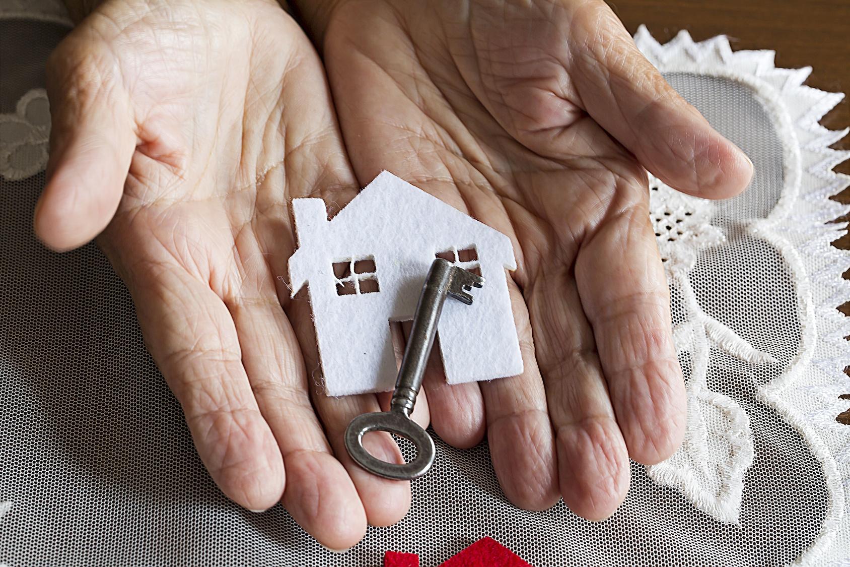 Dépendance 100 000 nouveaux logements pour les personnes âgées